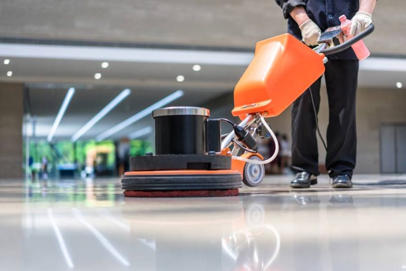 lavasciuga pavimenti ad uso professionale